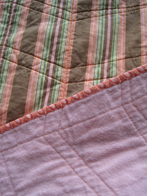 sewkatiedid/whole cloth zig-zag quilt