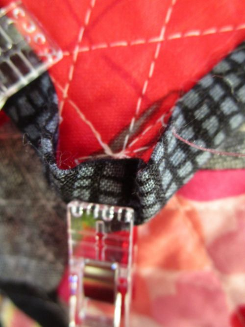 sewkatiedid/cutting corners binding technique