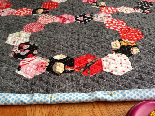 sew katie did/somewhat circular hex