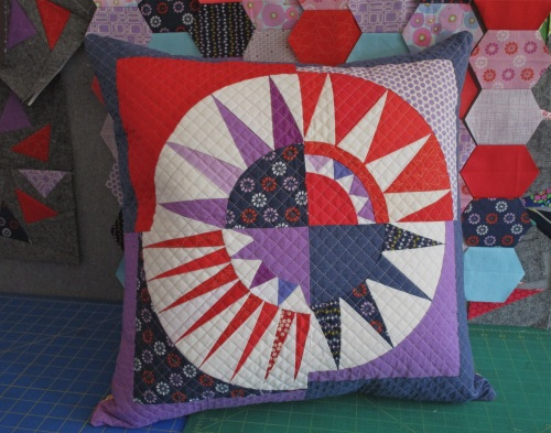 SEW KATIE DID:New York Beauty Pillow