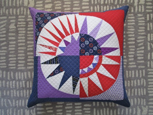 SEW KATIE DID:New York Beauty pillow:Full
