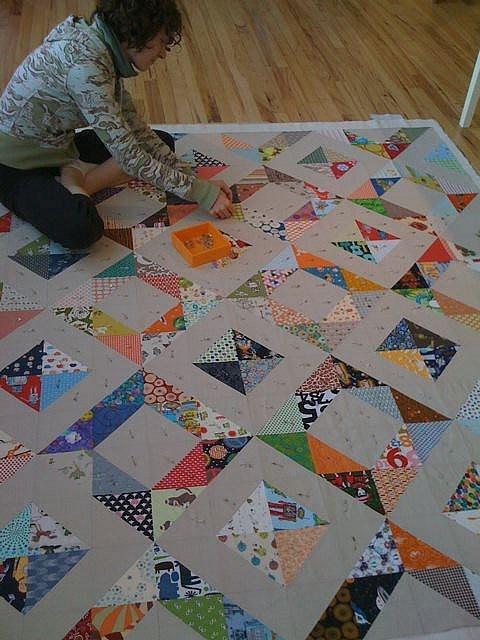 SEW KATIE DID:Roan's Quilt Basting