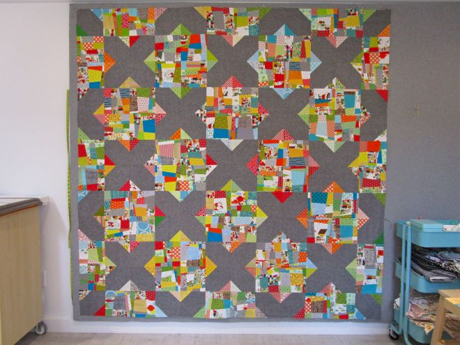 SEW KATIE DID:Split Personality Christmas Quilt