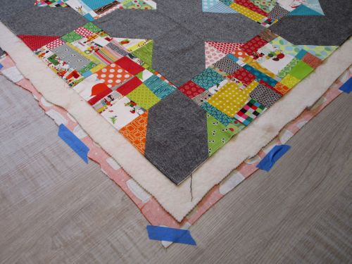 SEW KATIE DID:Split Personality Quilt Block:Merry Moderns Quilt