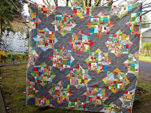 SEW KATIE DID:Split Personality Christmas quilt awesome